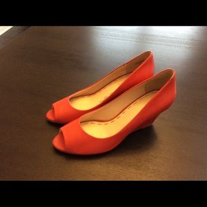 Nine West peep toe wedge heel red shoes